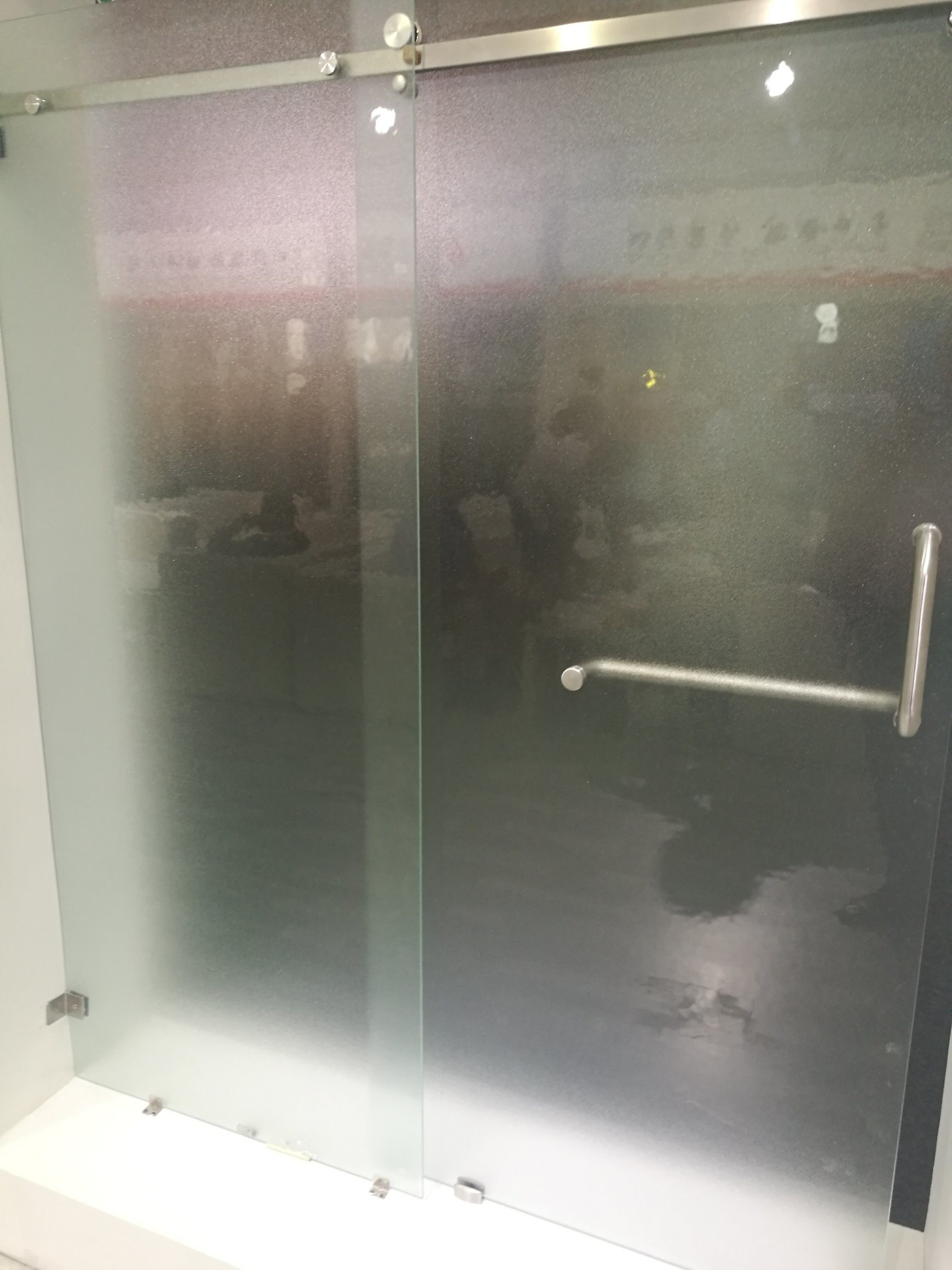 China 6 10mm Frosted Sandblast Tempered Glass Bathroom Door Photos
