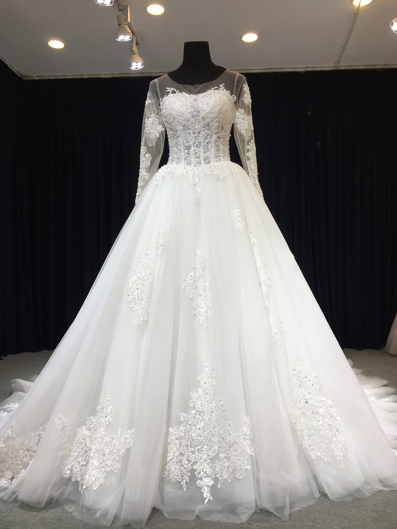 China Aoliweiya Soft Tulle Sheer Bodice Full Sleeve Wedding Gown ...