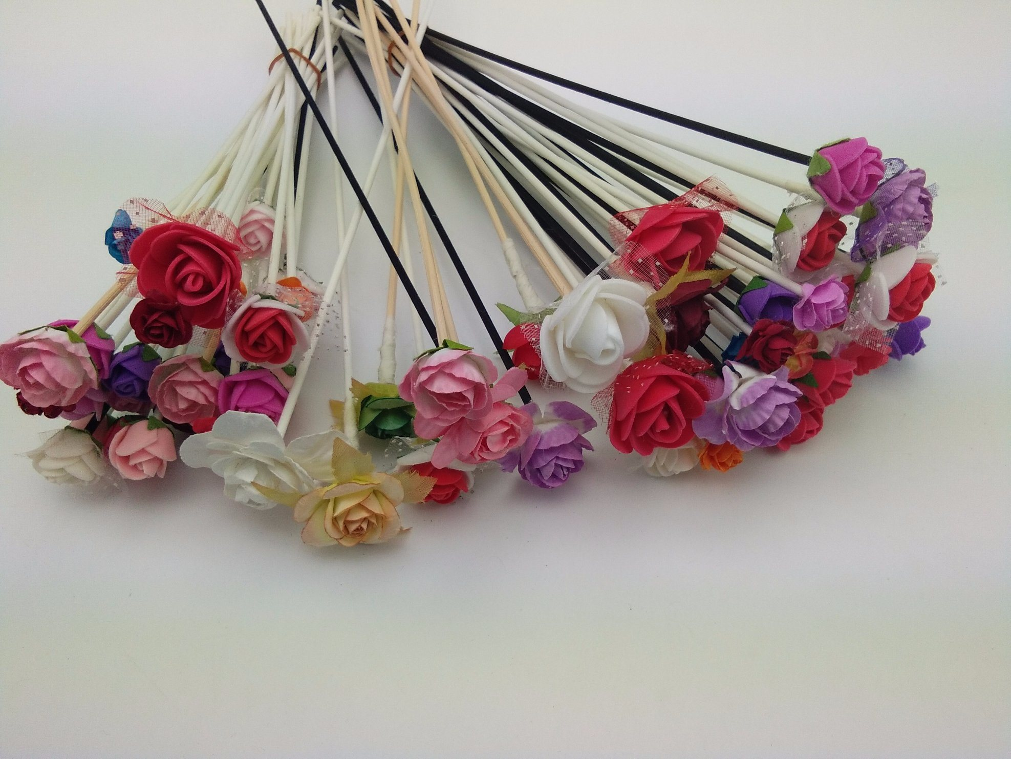 China Colored PE Flower for Reed Diffuser with Sticks - China Sola ...