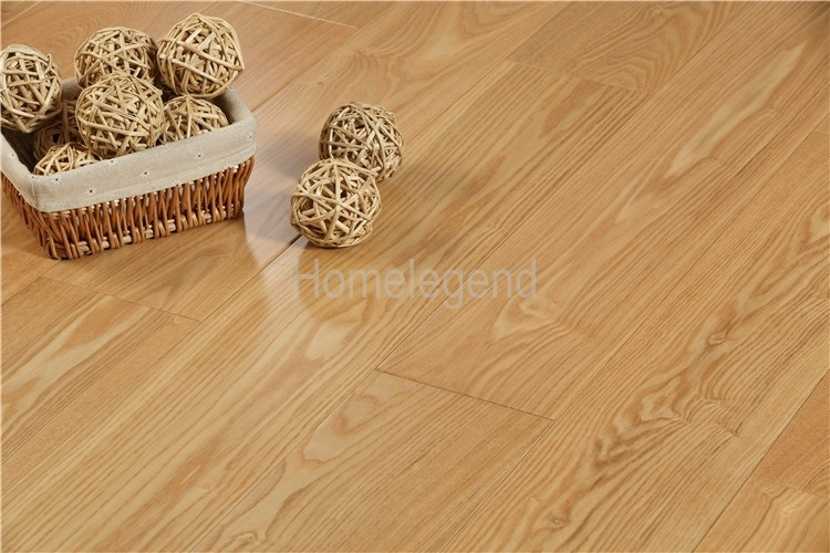 China Natural Color Ash Engineered Wood Flooring Heated Hardwood