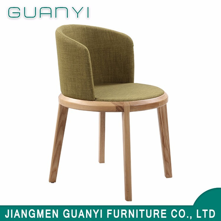 Hot Item 2018 Luxury Fabric High Back Wooden Leg Dining Room Chair