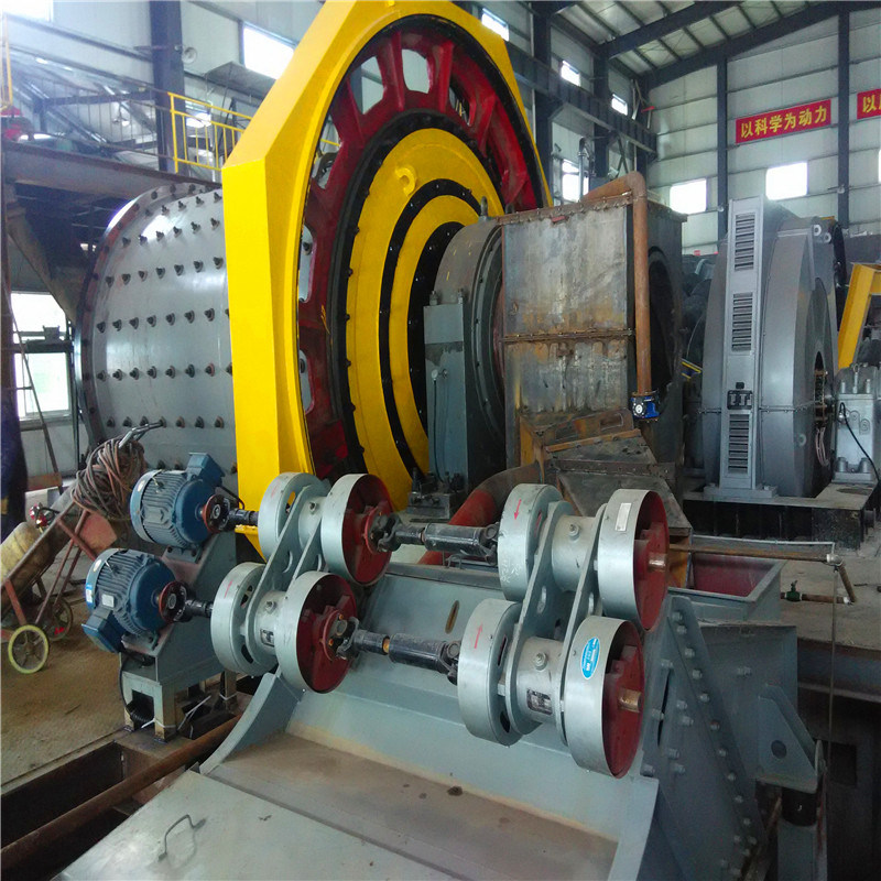 Dry & Wet Process Ore Minerals Grinding Ball Mill pictures & photos