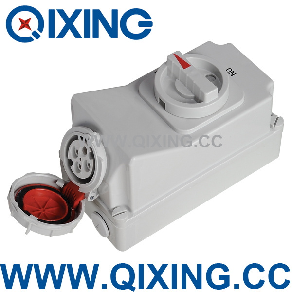 Socket with Switches and Mechanical Interlock (QX5600)