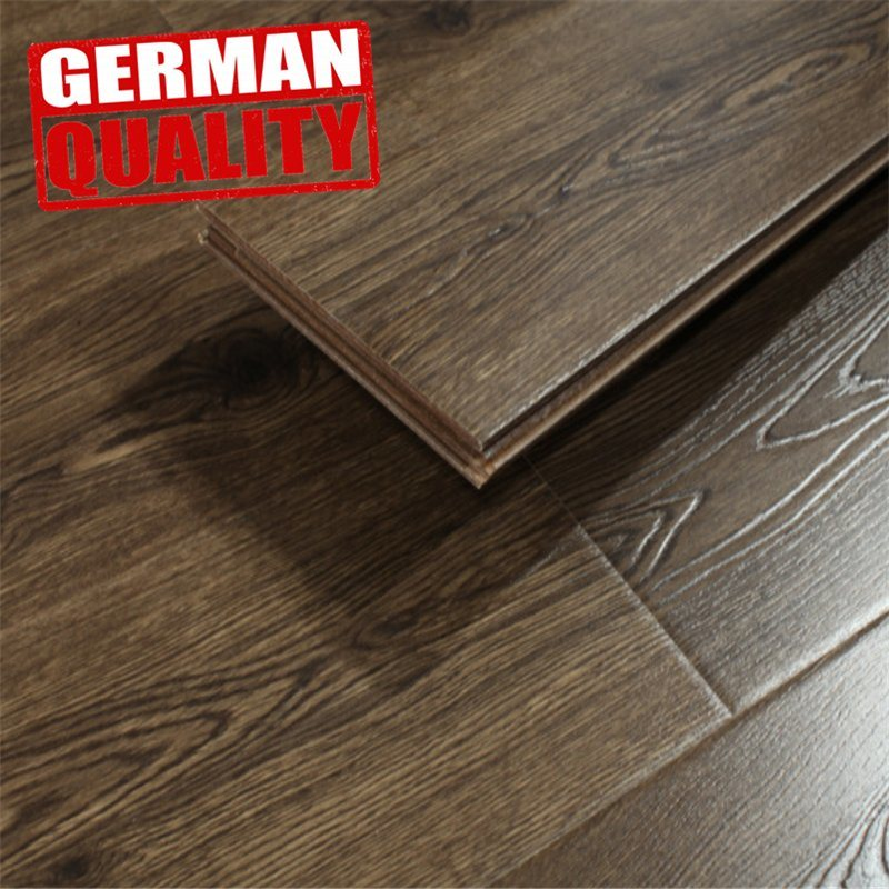 China Red Cedar Laminate Flooring Price