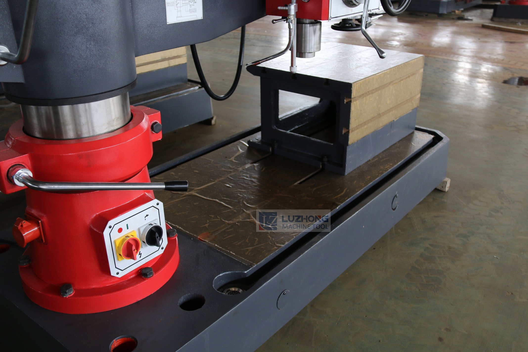 Drill Machine Price (Z3050X16B Borehole Drilling Machine) pictures & photos