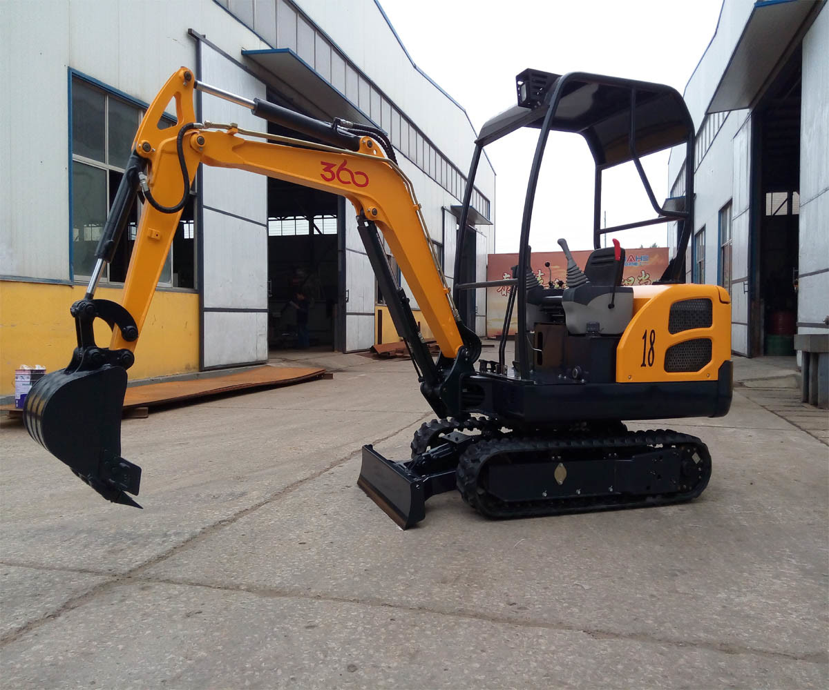 Cheap China Small Digger Wheel Excavator with Ce pictures & photos
