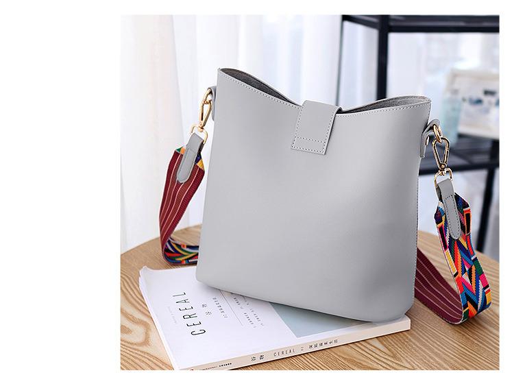 0648c3ffa2 China 2018 Best Quality PU Leather Handbag Wholesale