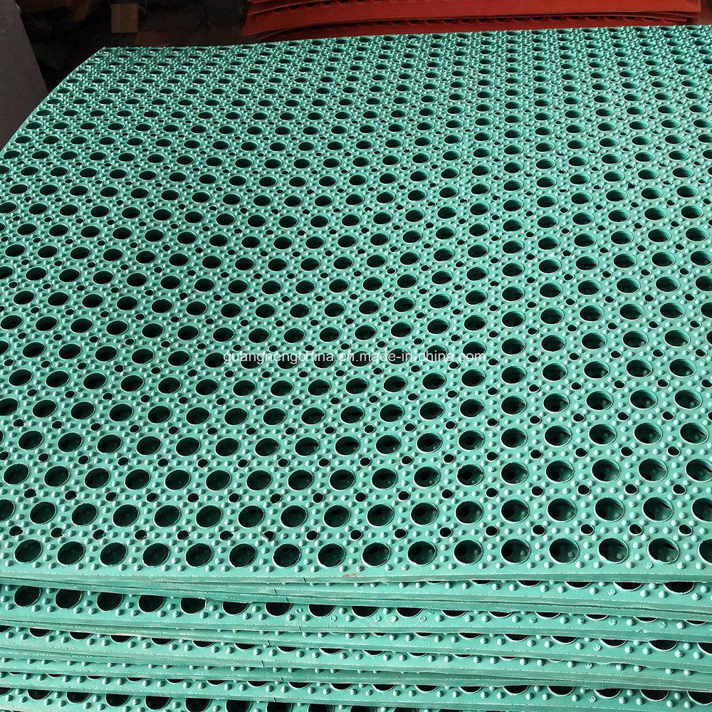 China 630*420*13mm Anti-Slip Outdoor Drainage Grass Rubber Mat ...