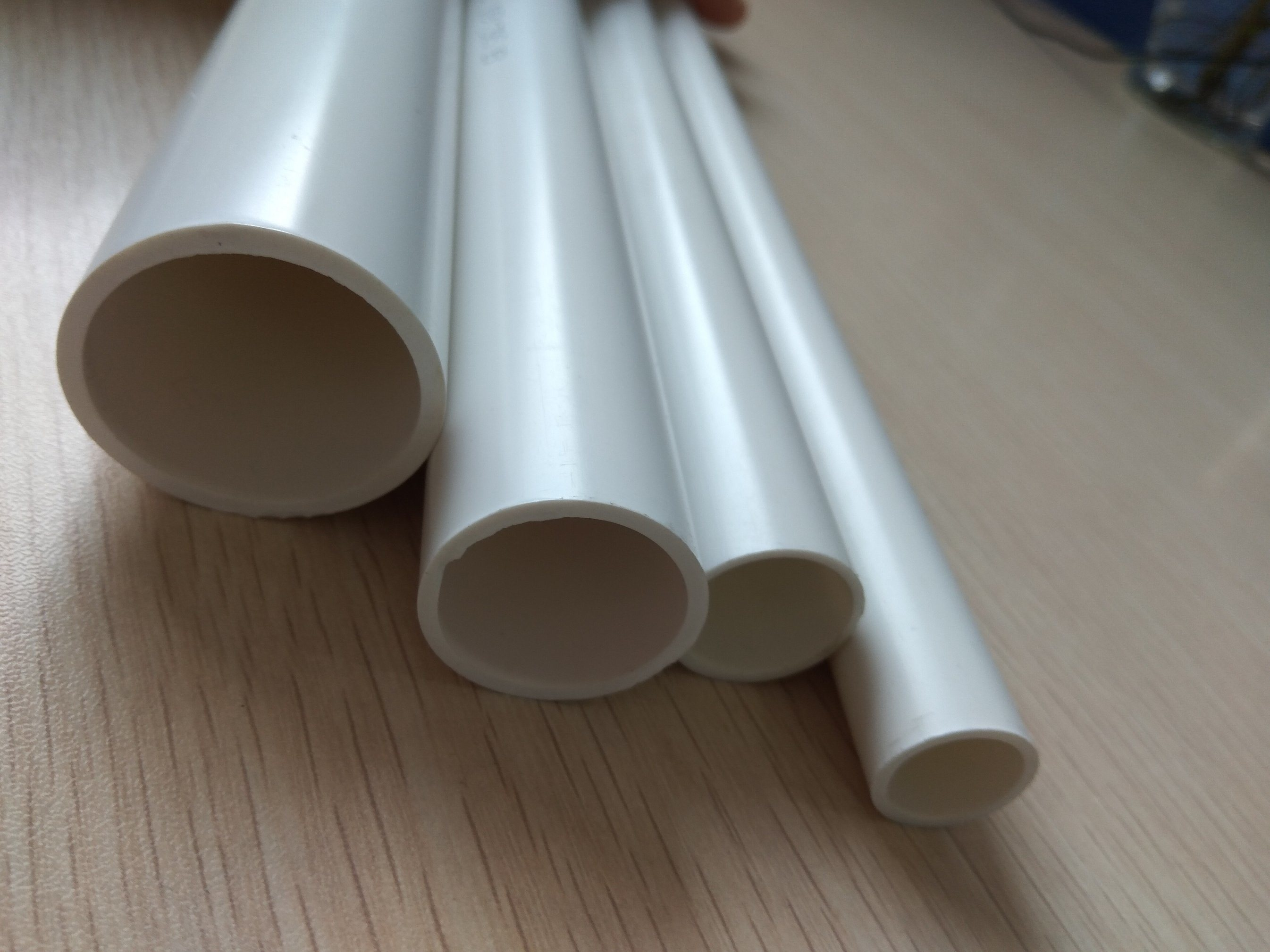 China Plastic Fire Resistance and Insulation Conduit Pipe of Wire ...