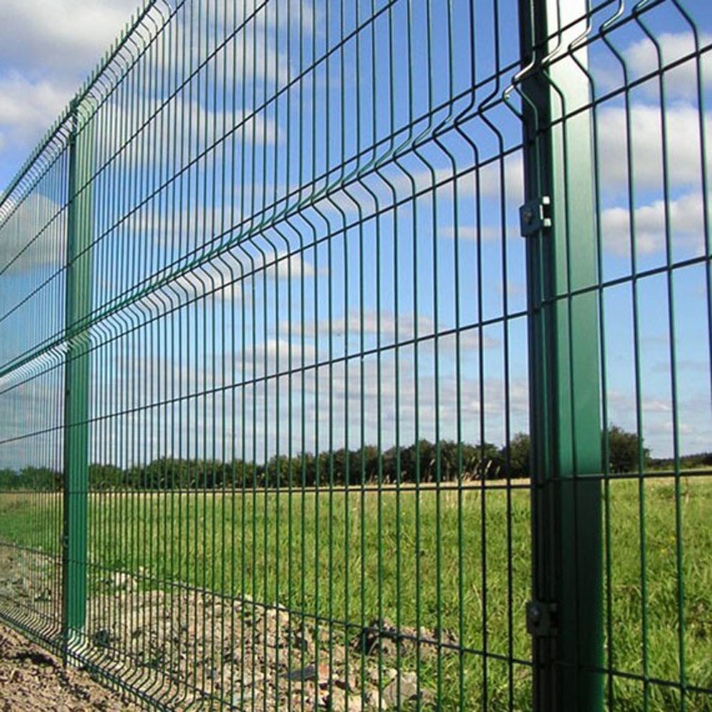 China PVC Coated Airport Welded Wire Mesh Green Panel Fence - China ...