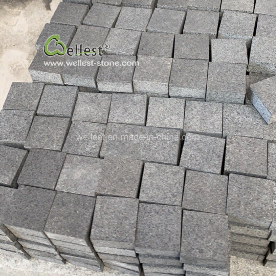 2019 Affordable Price Flamed Black Granite Cobbles/Black Granite Driveway Cobblestone Paver/Black Granite Setts pictures & photos