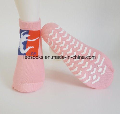 Customized Cotton Anti Slip Trampoline Sports Jumping Socks pictures & photos
