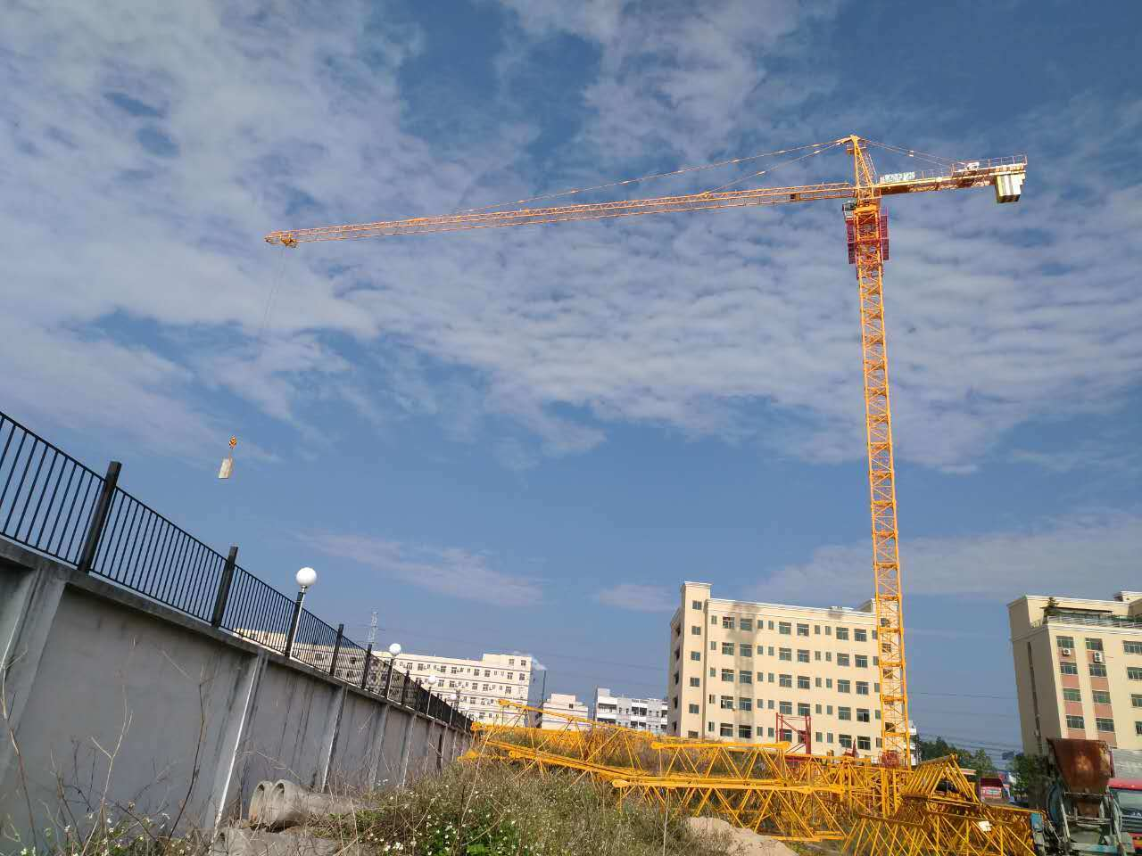 Qtz80 Self-Erecting Tower Construction Building Crane
