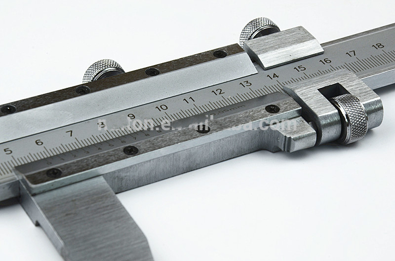 Heavy Duty Vernier Caliper Basic Model pictures & photos