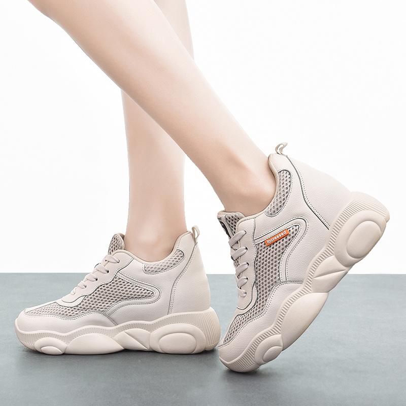 China Light Weight Hidden Heel Sneakers