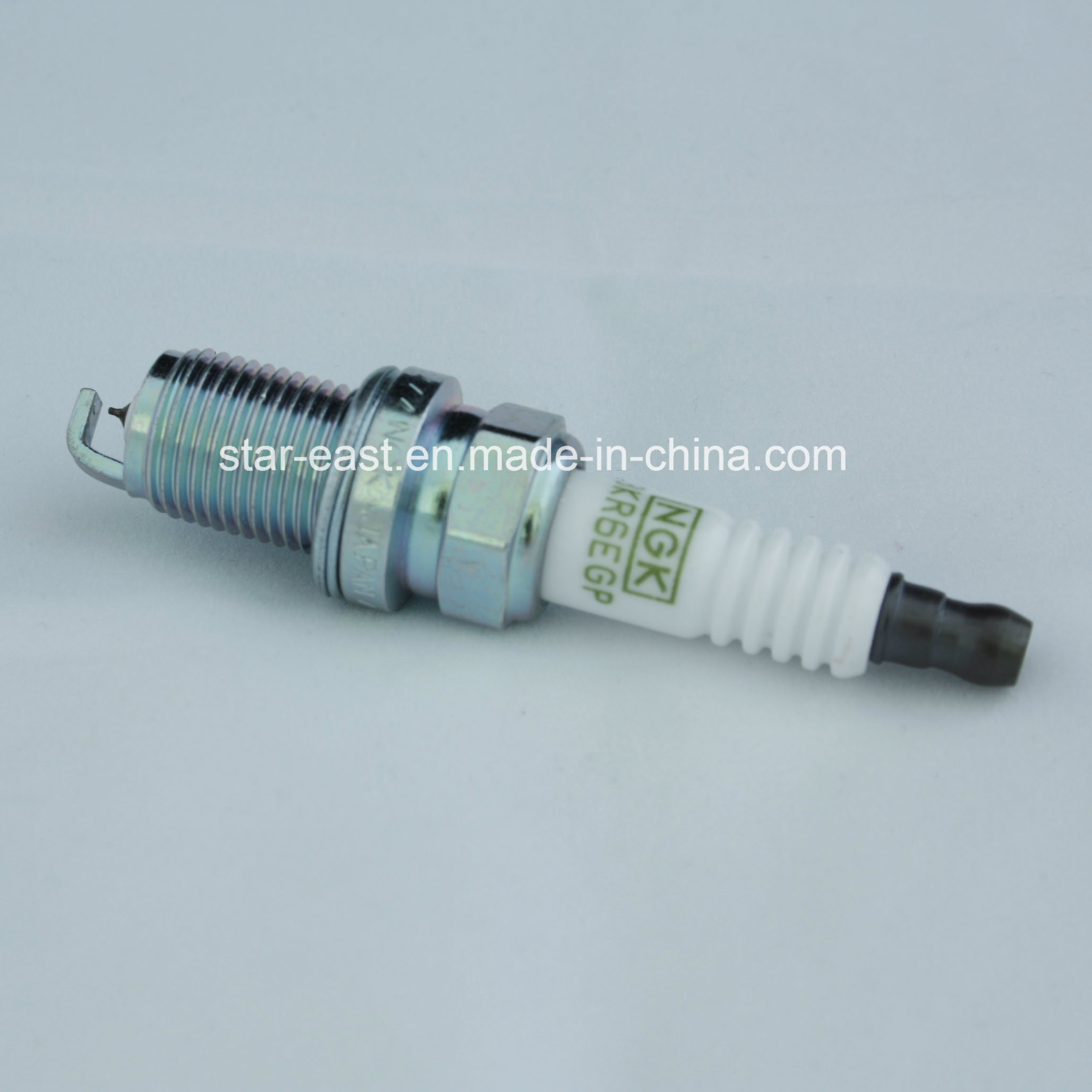 Hight Quality Spark Plug for Bkr6egp 7092 Mitsubishi/ Nissan/Toyota pictures & photos