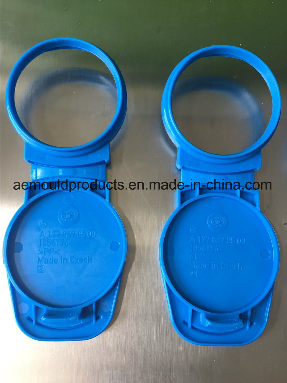 Plastic Clip-Cap Custom Injection Mould pictures & photos