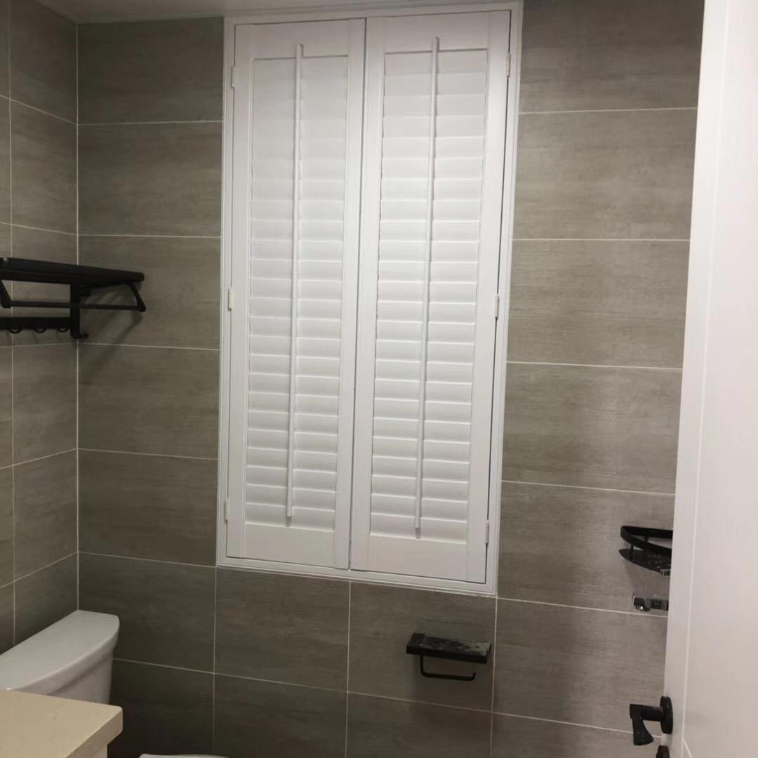 Hot Item 2019 Wholesale Plantation Shutter Pvc Waterproof Bathroom Door Shutter