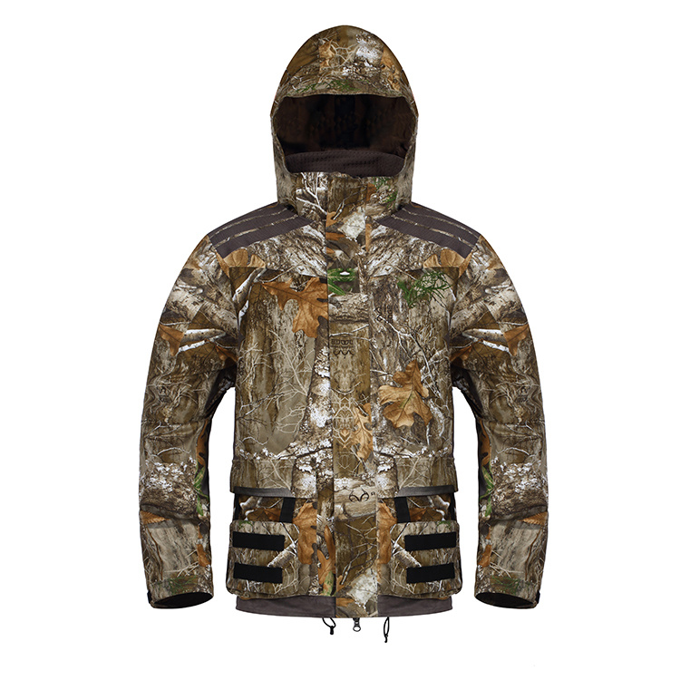 Insulated Camo Hunting Jacket with Heating System