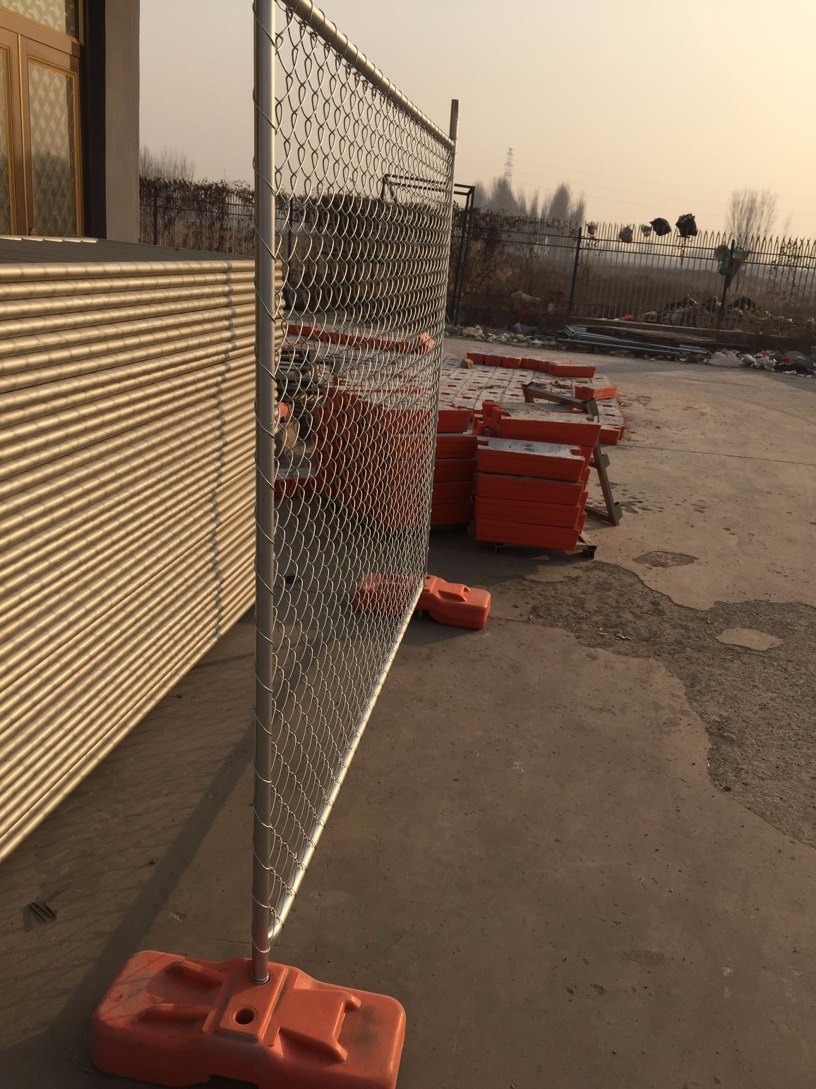 Temporary Fence HDPE Foot pictures & photos