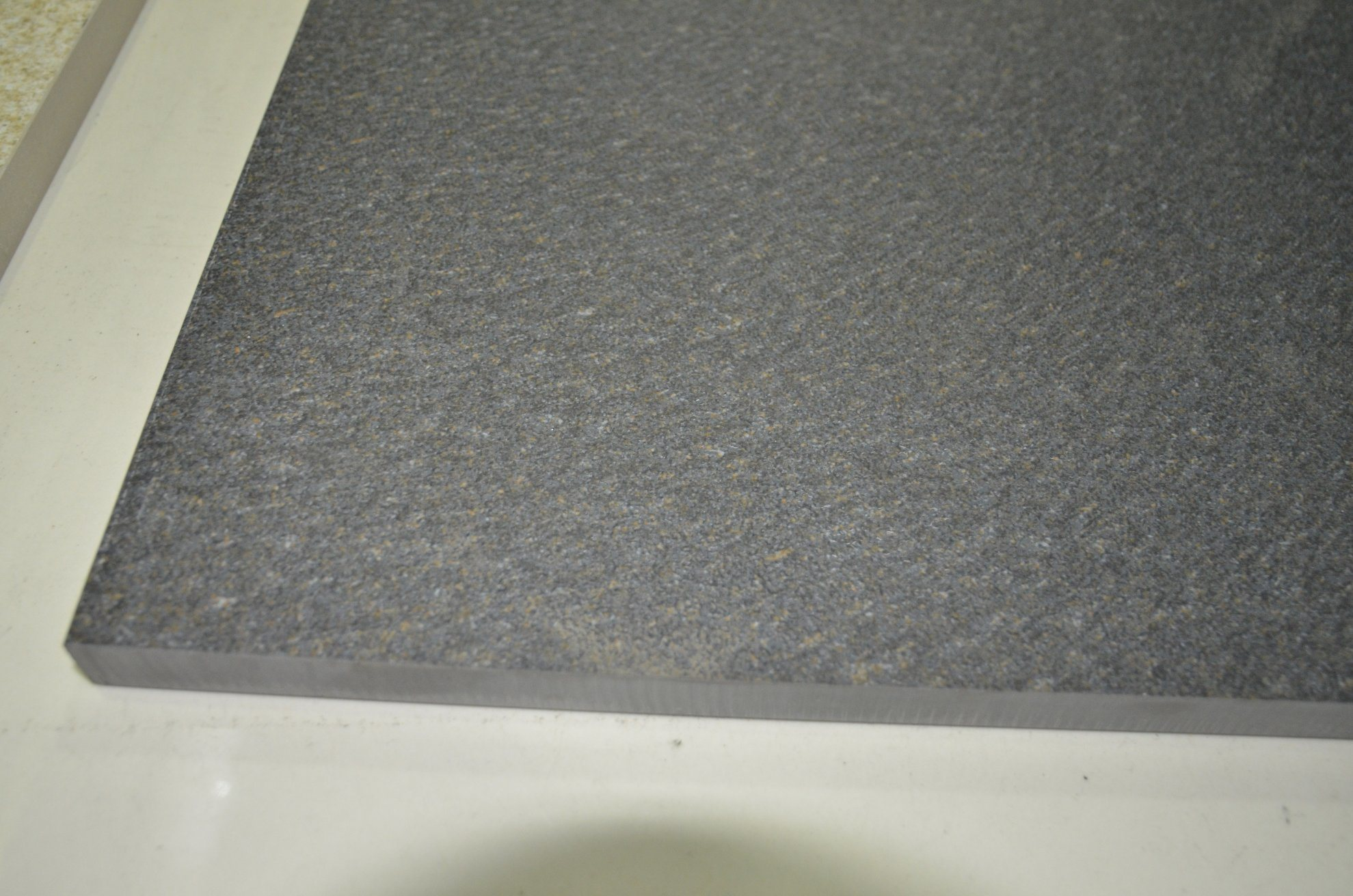 China Cheap Non-Slip Outdoor Flooring 20mm Thickness Porcelain Tiles ...