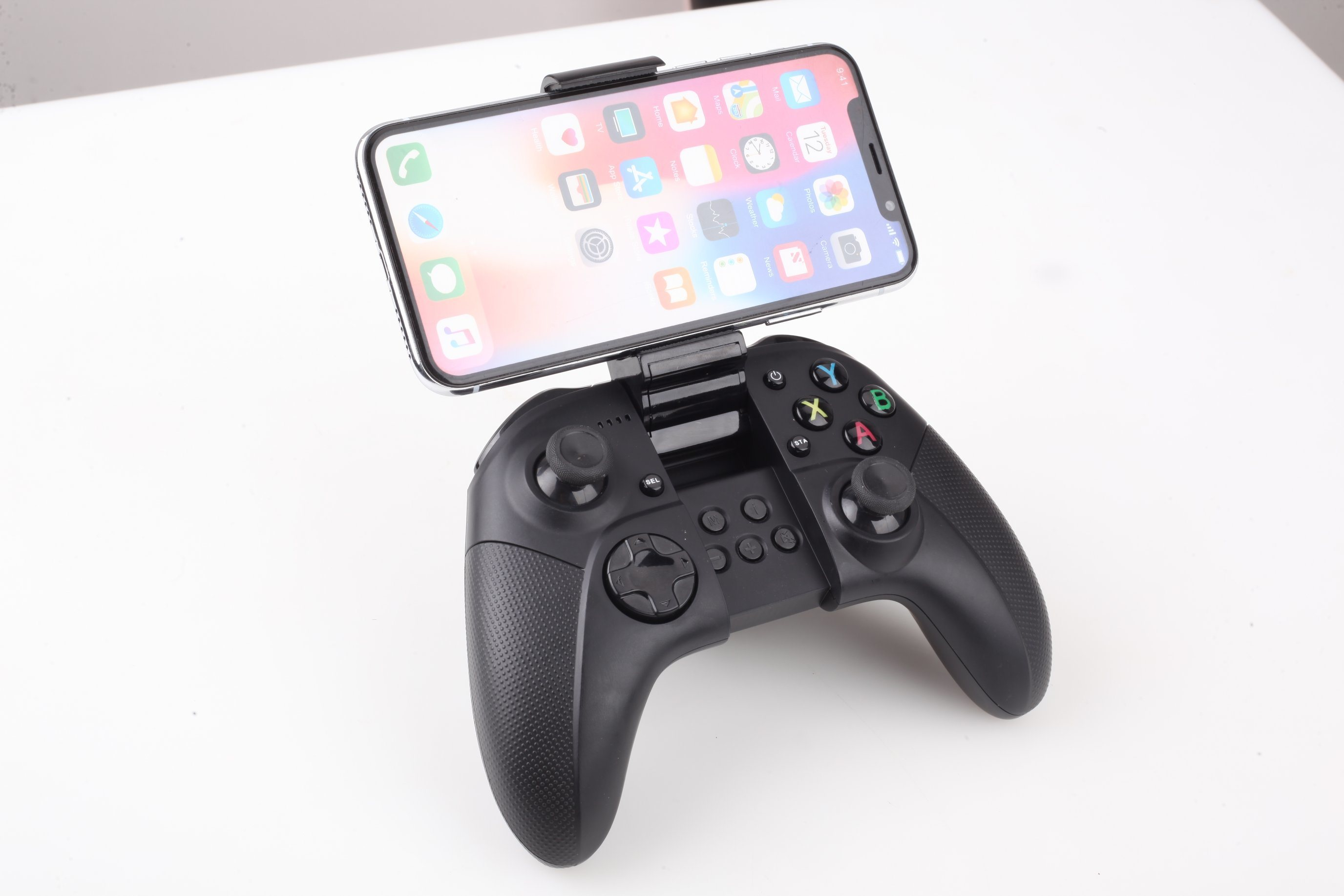 [Hot Item] W18 Wireless Gamepad Controller Bluetooth Speedy Joystick with  Clamp Holder for Ios/Android/iPad/iPhone/iPod