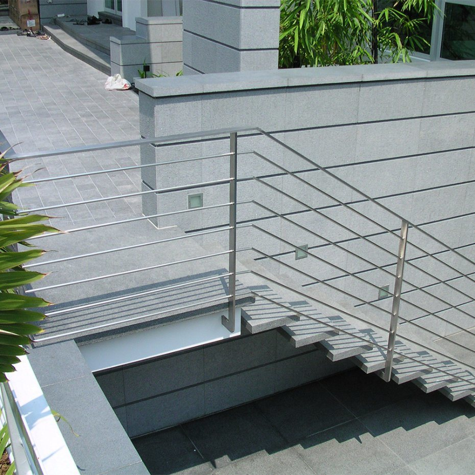 China Stainless Steel Flat Bar Post Stainless Steel Rod Bar Railing ...