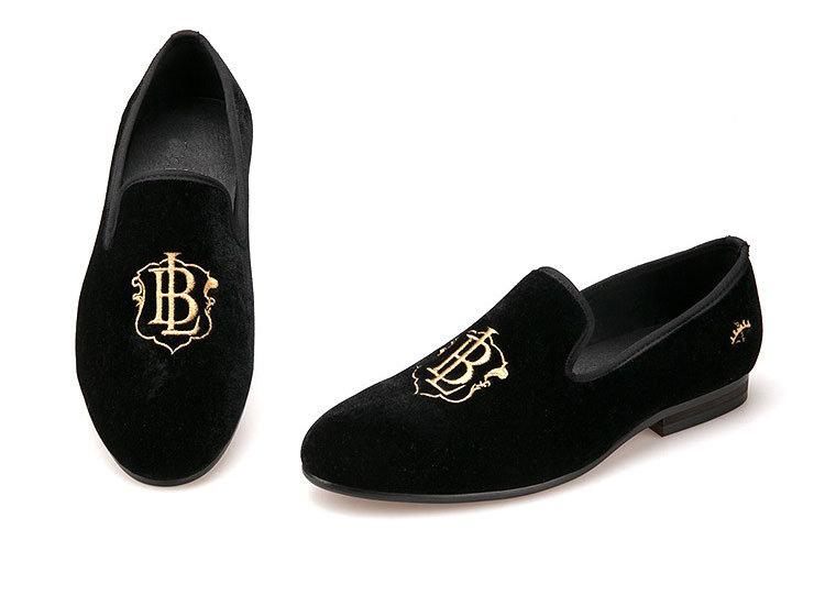 b356f5175ef China Embroidery Mens Velvet Loafers Casual Style Black Velvet Men Shoes -  China Men Shoe