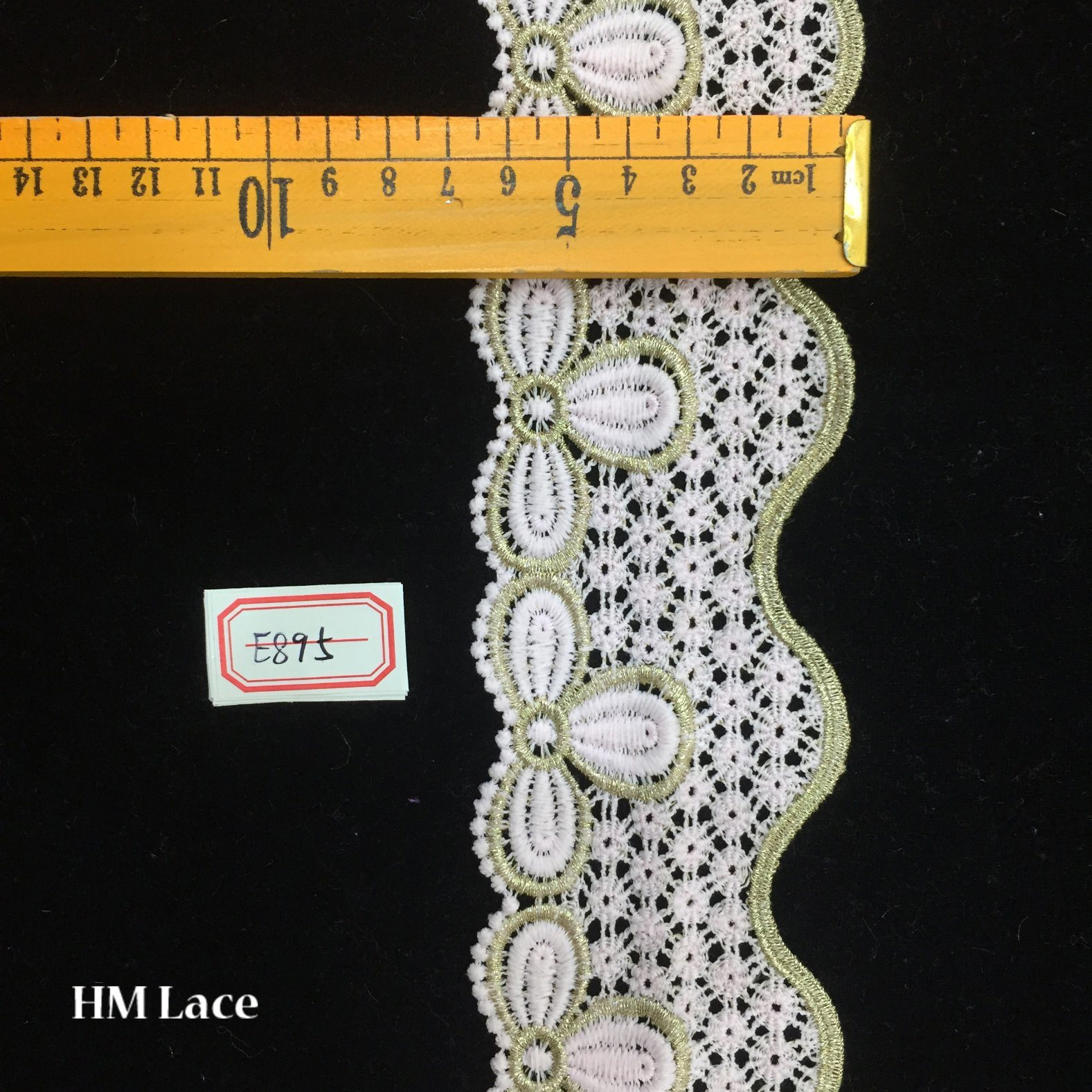 China 65cm Narrow Venise Lace Trim For Costumes Gowns Home Decor