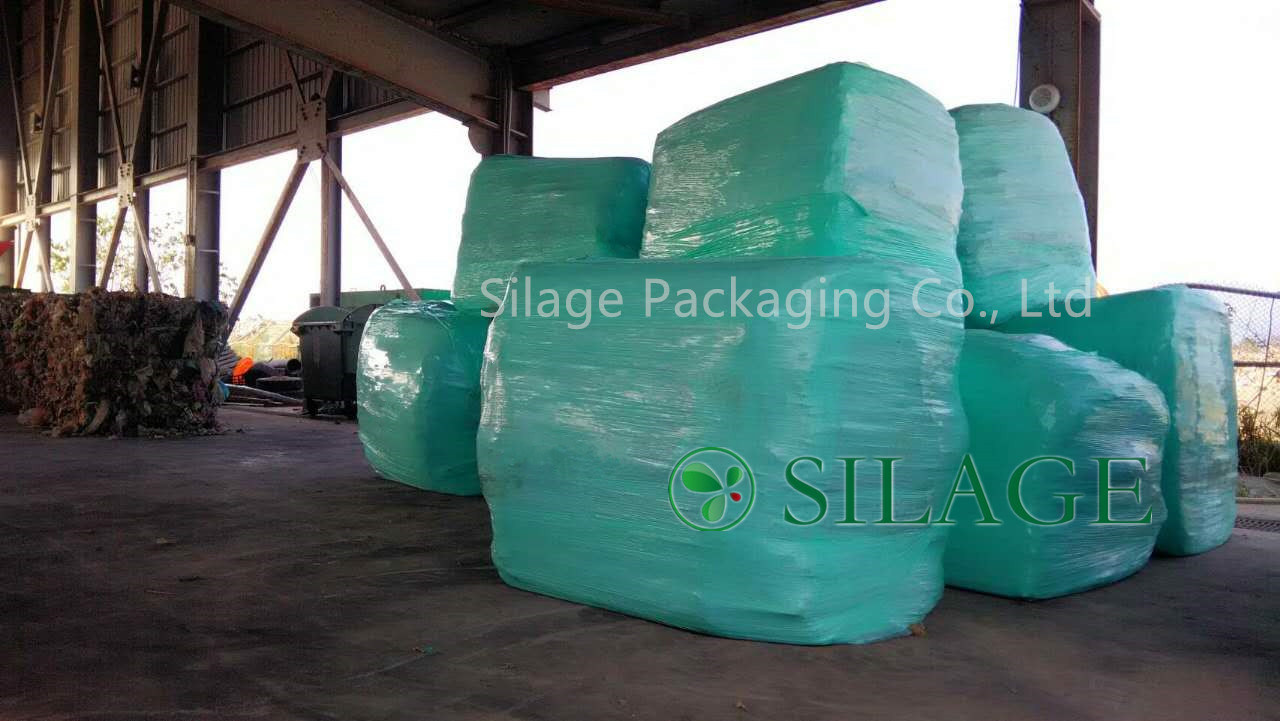Quality Multi-Layer Blown Waste Wrap/Garbage Wrap/Trash Wrap Bales Round Bale Film pictures & photos