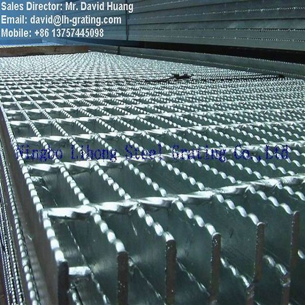 Galvanized ASTM A36 Steel Grating for Platform pictures & photos