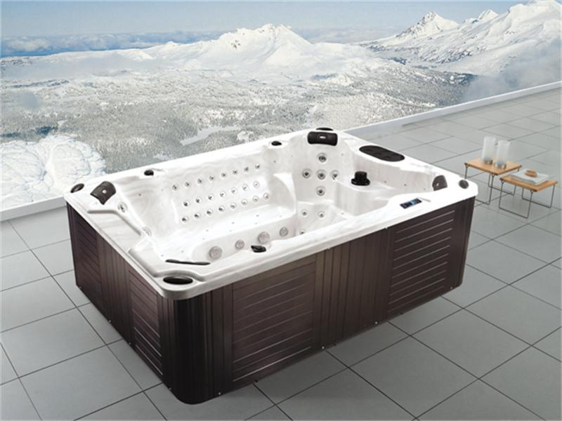 China Luxury Home Style Garden Jacuzzi Whirlpool Tub SPA (M-3303 ...