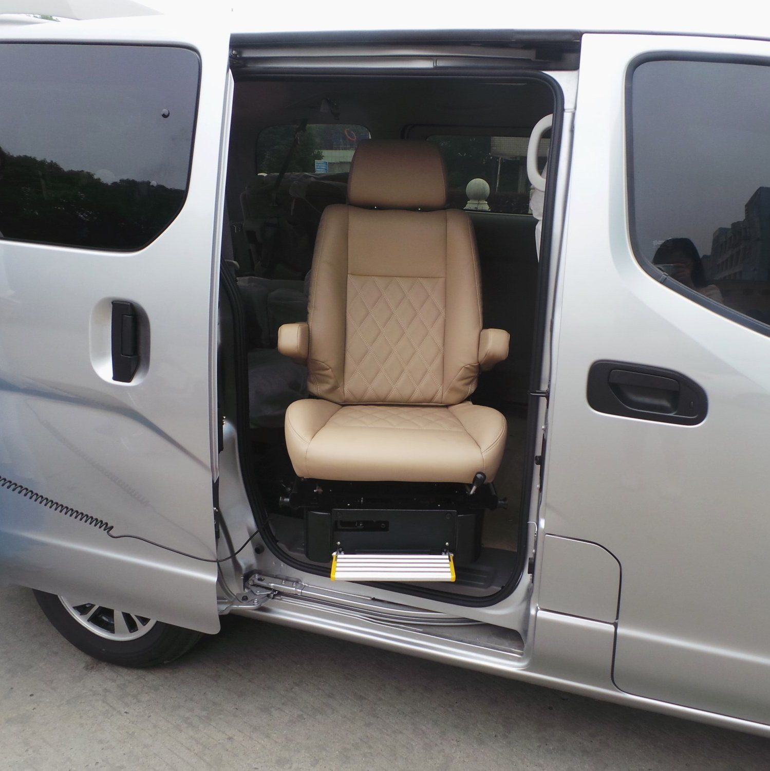 Xinder Handicapped Car Seat Swivel Seats For Disabled