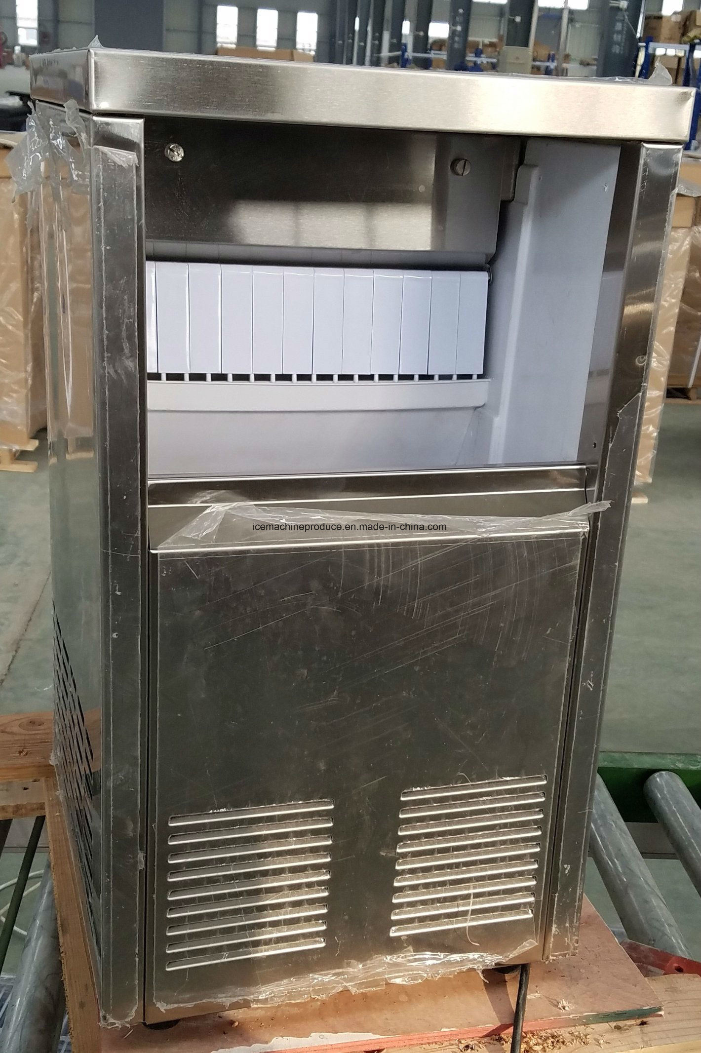 25kgs Ice Machine for Bar and Restaurant pictures & photos