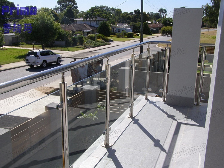 China Stainless Steel Toughened Glass Deck Railing Designs China Deck Railing Stair Railing
