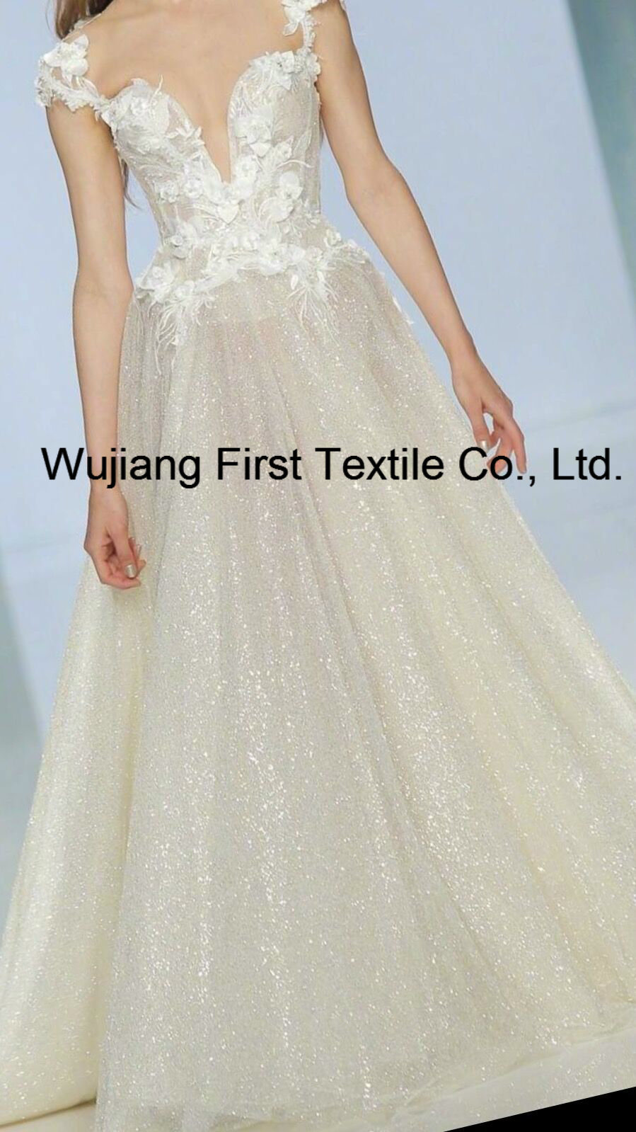 China Organza Fabric for Wedding Bridal Dress - China Silk Lurex ...