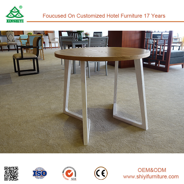 2017 Hot Sale Restaurant Furniture Modern Dining Table and Chairs pictures & photos