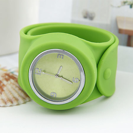 Promotion Gifts Silicone Slap Band for Watch Wristband pictures & photos