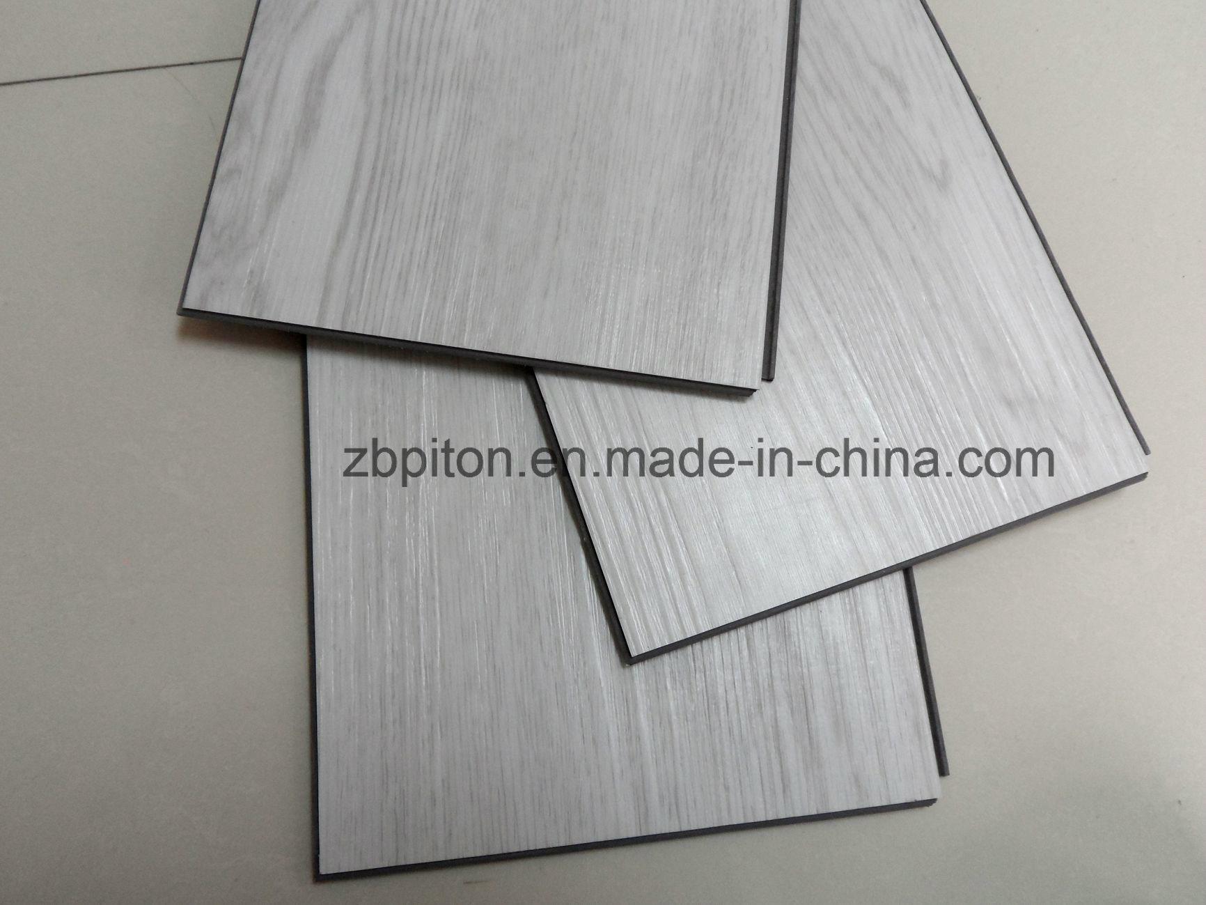 China Interlocking Plastic Floor Tile Lvt Pvc Vinyl Planks Cng0471n