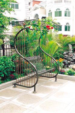 China Wrought Iron Customized Hot Galvanization Garden Swing Chair