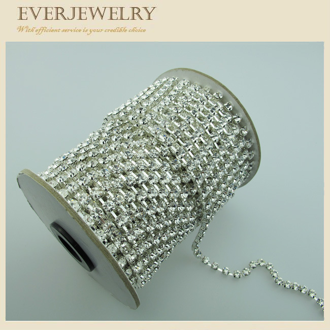 67ed168503ff China Crystal Rhinestone Cup Chain in Roll for Dress, Shoes, Necklace,  Bracelet - China Rhinestone Cup Chain, Rhinestone Brass Cup Chain