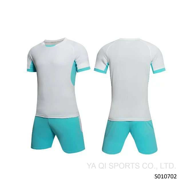 a82e146df06 China Custom Soccer Jersey 2017 Best Selling Football Kit Wholesale ...