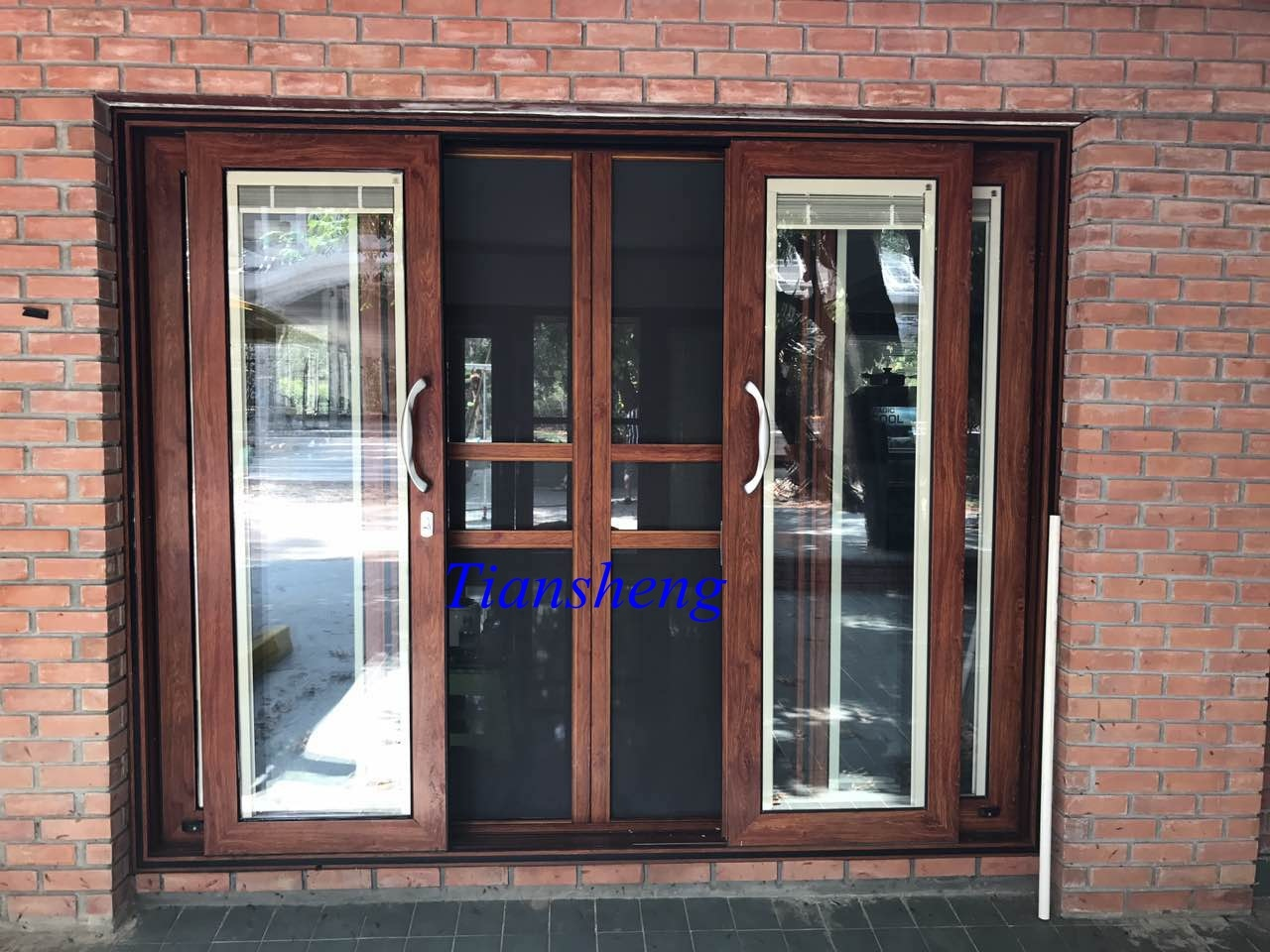 China High Quality Aluminum Sliding Door With Bulit In Blind And