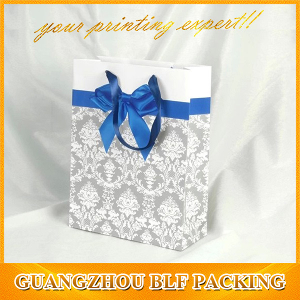 Celebrate It Shopping Paper Gift Packaging Bags