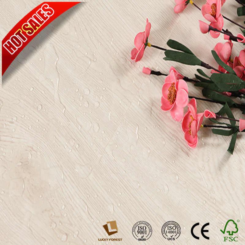 China Best Quality Solid Color Laminate Flooring Um Embossed 8mm Hardwood Building Material