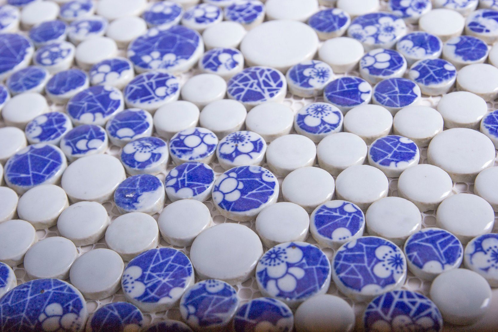 China Flower Pattern Decoration Artist Ceramic Mosaic Tile for Sale ...
