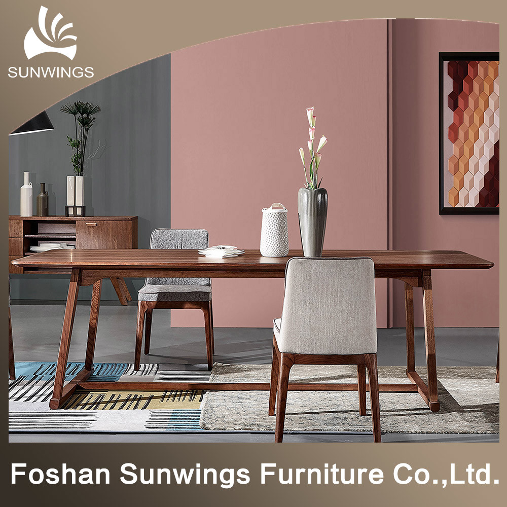 China Nordic Wooden Dining Table For Room Solid Wood