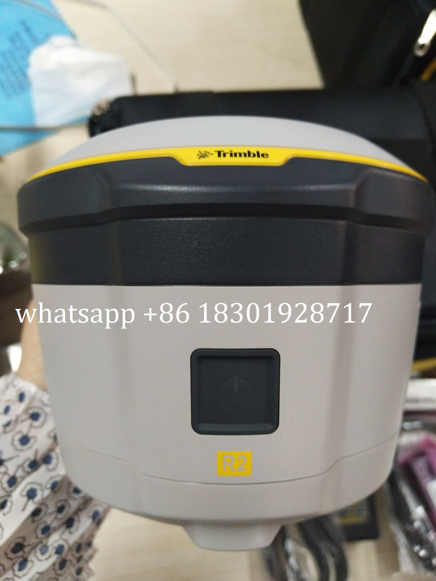 [Hot Item] English Version Trimble GPS Rtk R2 Rover with Slate Data Logger