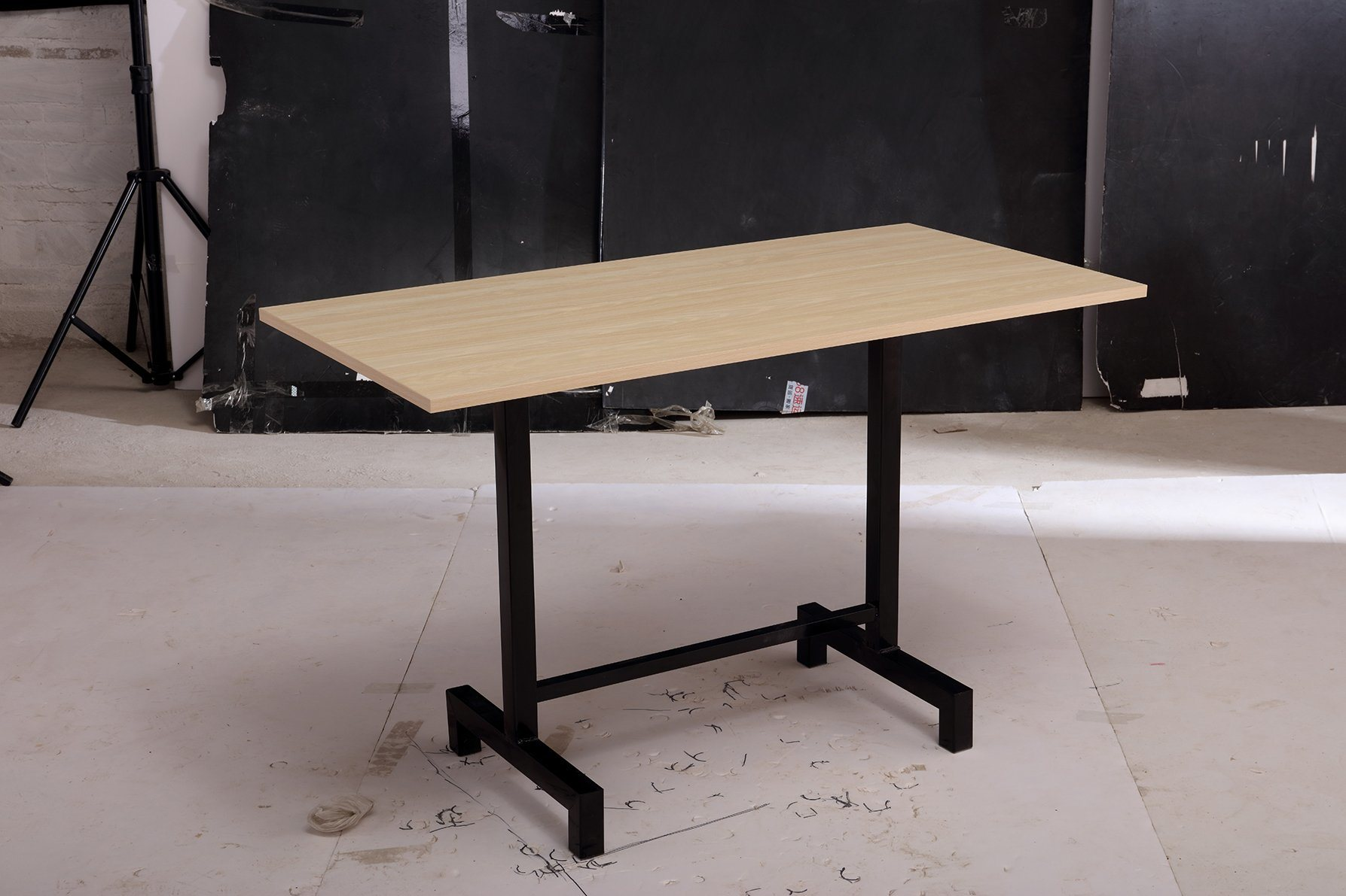 China Traditional Design Cheap Iron Hotel Restaurant Canteen Rectangle Table With Boards China Dining Table Wooden Board Table