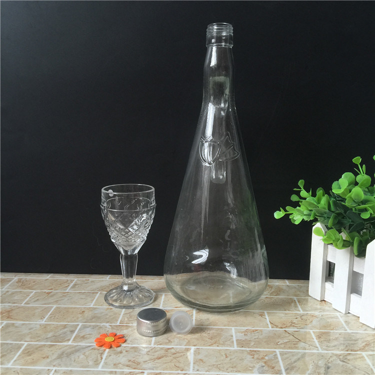 Glass Wine Bottle 1000ml on Sale pictures & photos